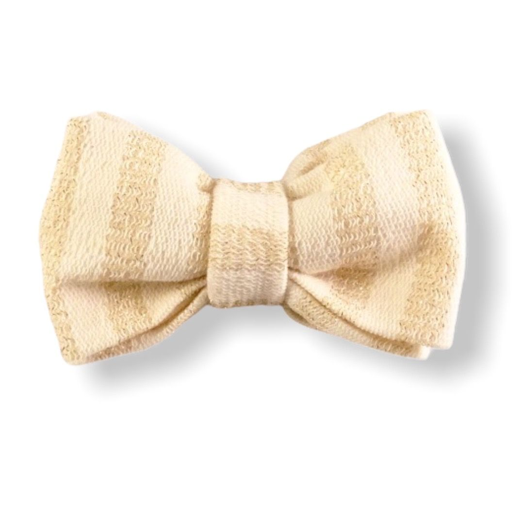 Bow tie gold digger